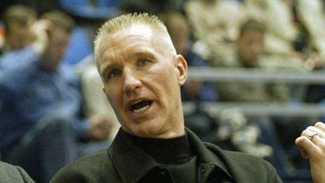 Basketball - Kings hire Hall of Famer Mullin