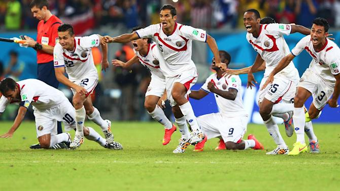 World Cup - 10-man Costa Rica beat Greece on penalties