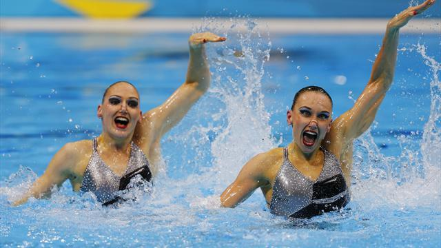Russia win sync duets gold at Olympics