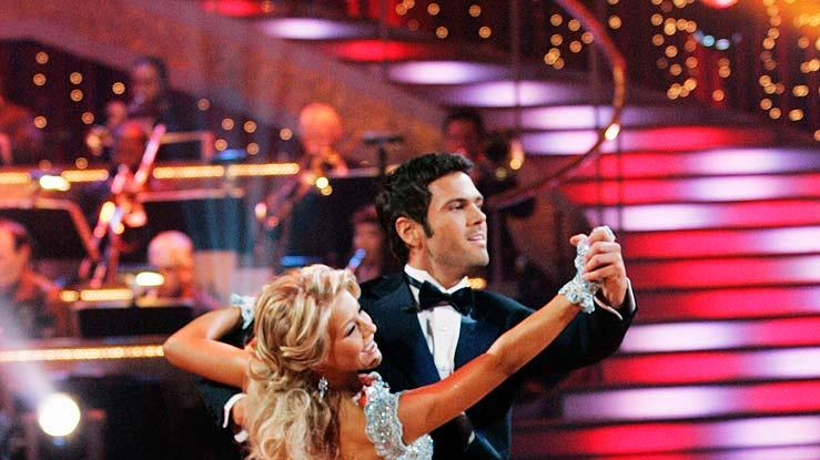 "Chuck Wicks and Julianne Hough perform the Foxtrot to ""All I Want To Do"" by Sugarland on ""Dancing with the Stars."""