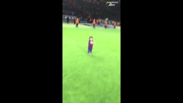 Gerard Piqué-Milan celebrates Champions League win!