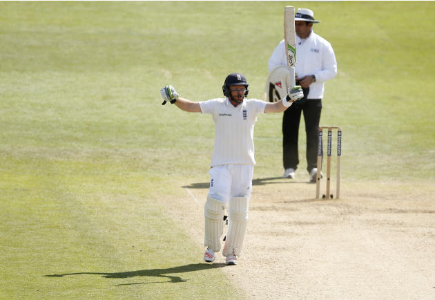England's Ian Bell celebrates after winning the third test