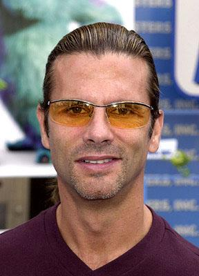 Premiere: Lorenzo Lamas at the Hollywood premiere of Monsters, Inc. - 10/28/2001