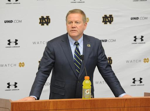 Kelly adds Sanford, Denson, Lyght, others to Irish staff