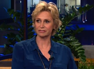 Jane Lynch Remembers Cory Monteith: 'I Don't Think He Left One Day Unlived' — Watch Video