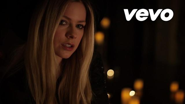 New Avril Lavigne Video: 'Give You What You Like'