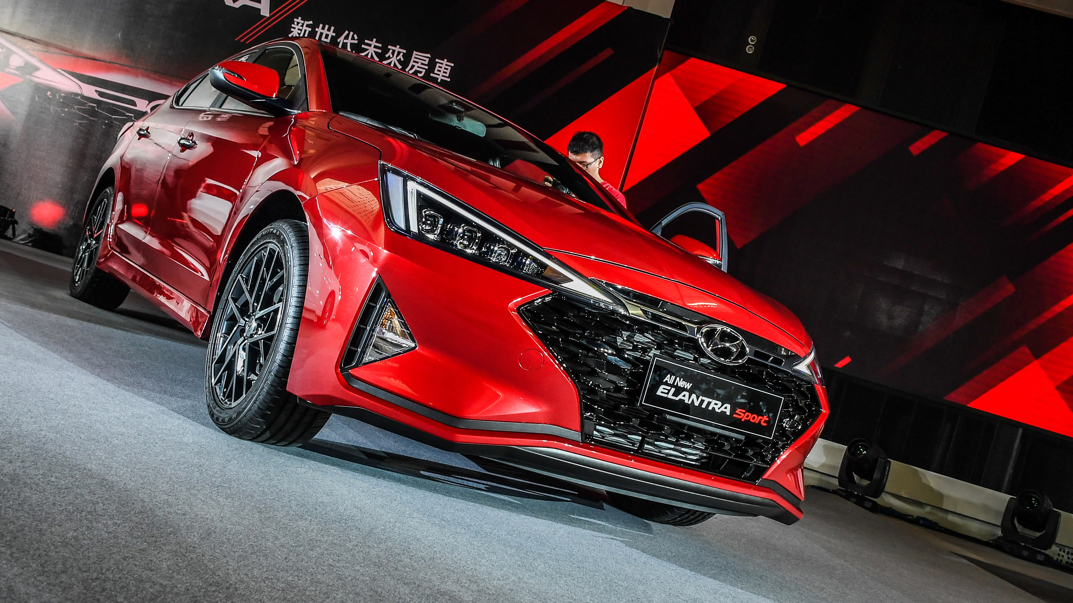 70萬買ACC+LKA!All New ELANTRA 雙動力登場
