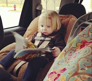 5 ways to entertain a toddler in the car