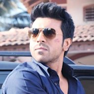 Ram Charan Teja Takes Off Shirt For First Time In 'Zanjeer'!