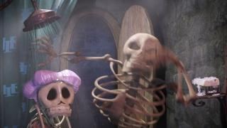 Hotel Transylvania (English Trailer 1)