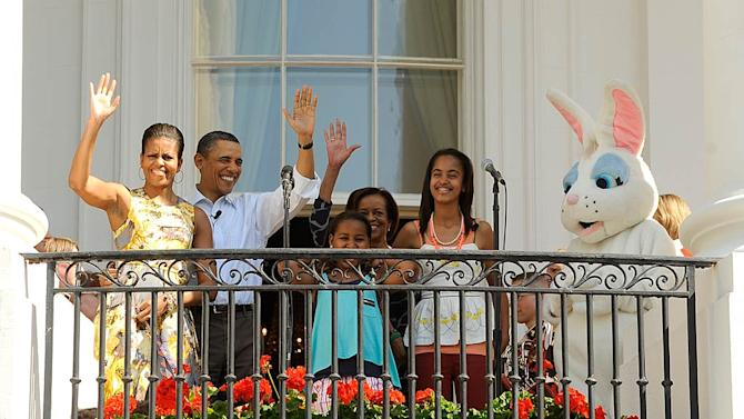 Barack Michelle Obama Easter Egg Roll