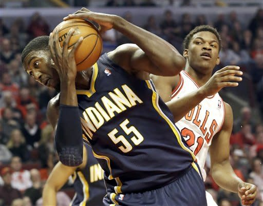 Deng scores 20 and Bulls beat Pacers 87-84