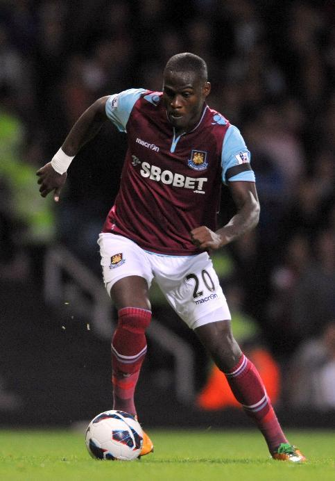 Guy Demel is feeling confident going into the clash with Chelsea