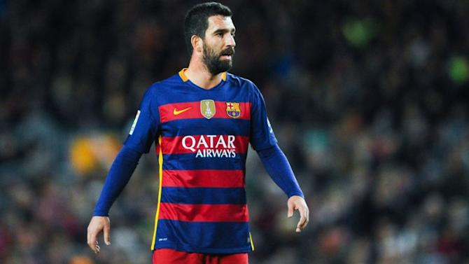 Barcelona still counting on Arsenal and AC Milan target
