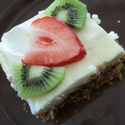 Fruit-Topped Cheesecake with Pretzel Crust