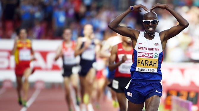 Athletics - Farah breaks British two-mile record in Birmingham