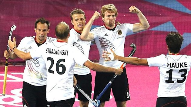 Germany celebrate hockey gold in the London Olympics (Reuters)