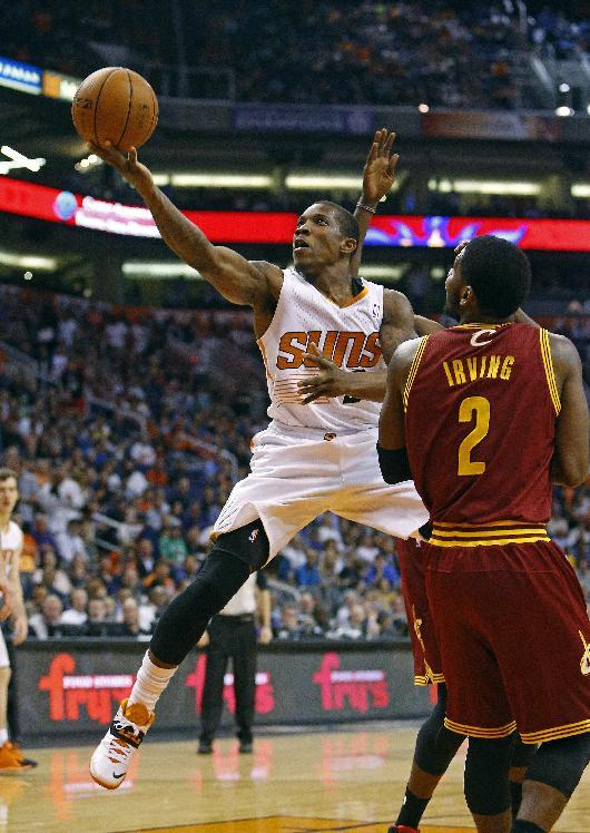 Phoenix Suns guard Eric Bledsoe (2) shoots against the Cleveland Cavaliers during the first half of their NBA game, Wednesday, March 12, 2014, in Phoenix, Ariz