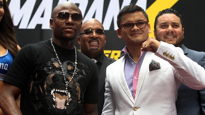 Boxing - Maidana agrees to bet entire purse on beating Mayweather