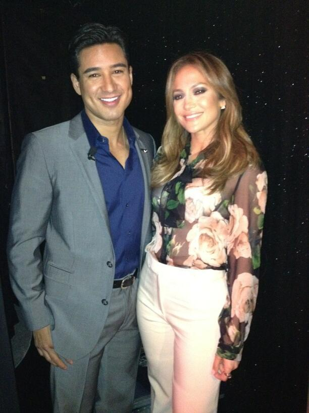 Mario Lopez and Jennifer Lopez