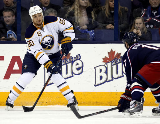 Canadiens swing 3 deals on busy NHL trading deadline day
