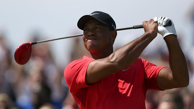 Woods says Watson should pick him for Ryder Cup