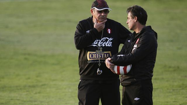 South American Football - Bengoechea named Peru coach after Bielsa declines