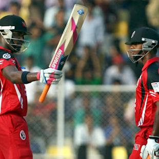 T&T win by D/L, Sunrisers out