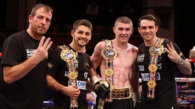 Boxing - Paul Smith announces end of contract with Warren