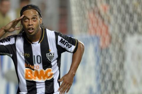Al Shabab in talks to sign Brazil legend Ronaldinho