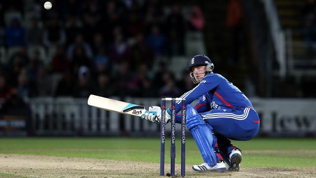 Cricket - Buttler hailed as England head to Mumbai
