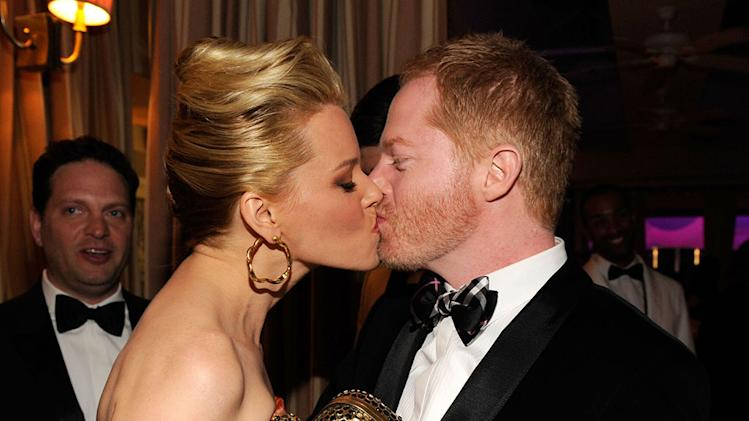 2013 Vanity Fair Oscar Party Hosted By Graydon Carter - Inside: Elizabeth Banks and Jesse Tyler Ferguson