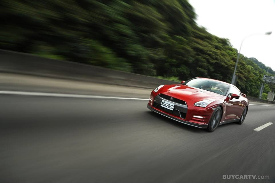 [HD影片] 無敵! Nissan GT-R