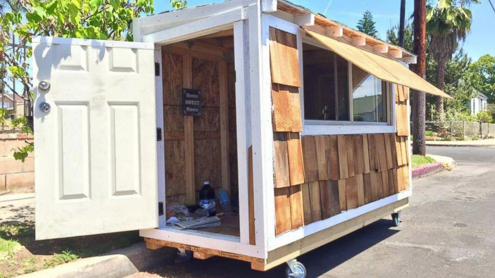 California Man Selflessly Builds Miniature House for Homeless Woman