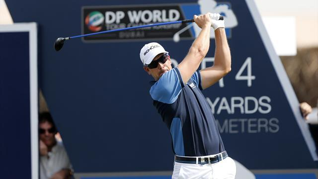 Golf - Dubai leader Stenson aims to hold off Poulter