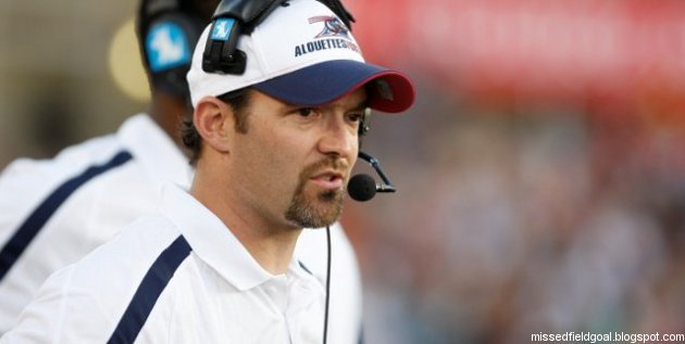 Tim Tibesar as the Alouettes' linebackers' coach in 2010.