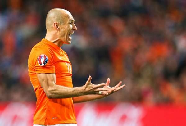 Robben ratera l'ouverture de la Champions League