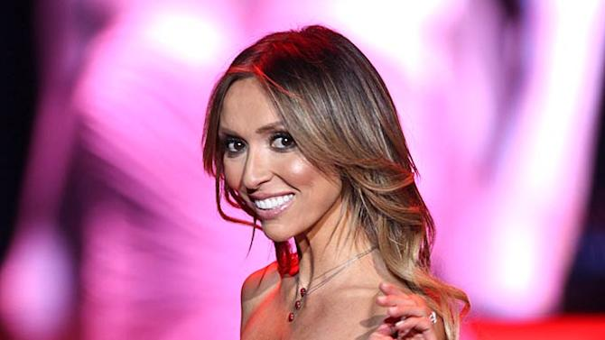 Giuliana Rancic HeartsT Ruth