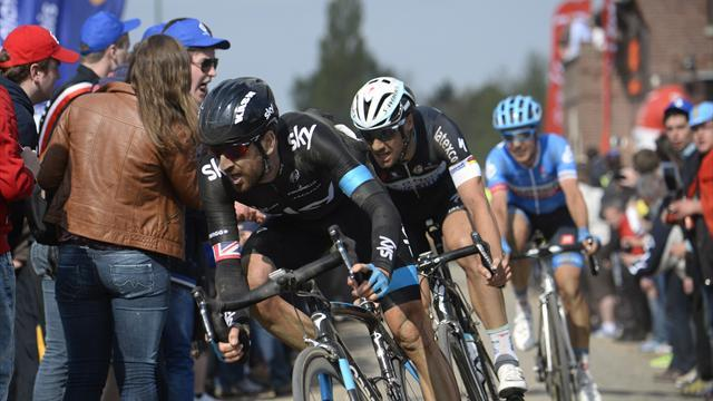 Cycling - Wiggins keen for another tilt on fearsome cobbles