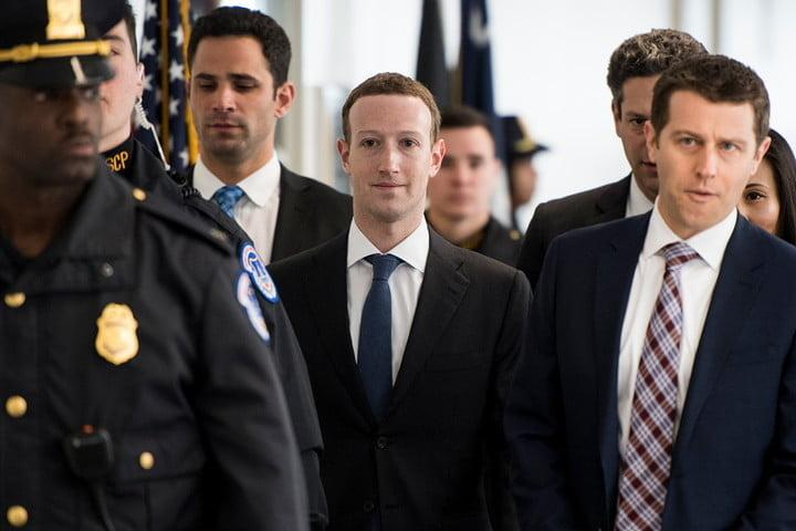 resumen politicas privacidad facebook mark zuckerberg testimony header 2 720x720