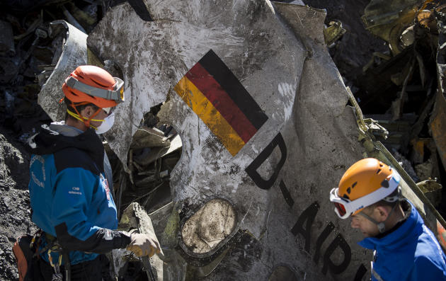 Alps crash: Bodies recovered, but families must wait months