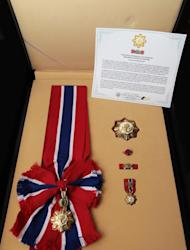 President Benigno S. Aquino III will be conferring the Philippine Legion of Honor with the rank of Chief Commander on Secretary Jesse M. Robredo (posthumous) tomorrow, August 28, the same day as the State Funeral for the late Secretary. The medal was made by the Bangko Sentral ng Pilipinas, the official manufacturer of State awards.