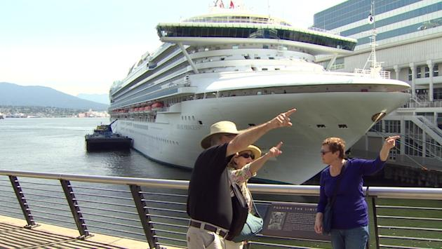Thousands of cruise ship passengers flooding into Vancouver on Sunday