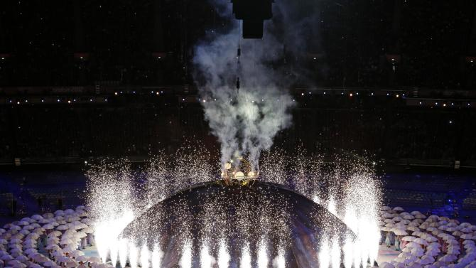 View of performers during the Opening Ceremony for the 2012 Paralympics in London, Wednesday Aug. 29, 2012. (AP Photo/Lefteris Pitarakis)