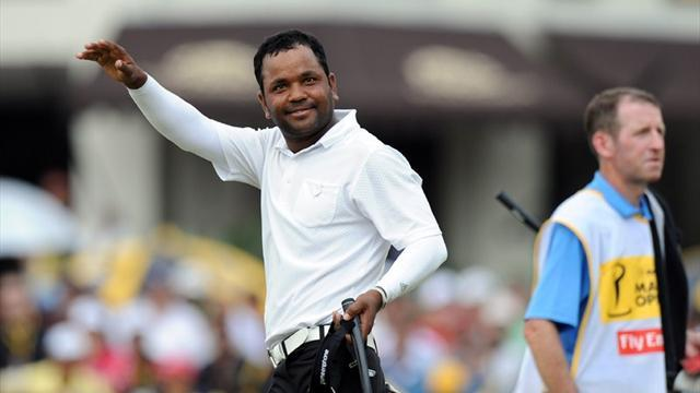 Golf - Bangladesh's Siddikur takes one-stroke lead in Thailand