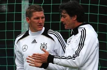 Schweinsteiger returns to Germany squad