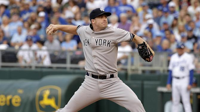 Whitley pitches Yankees to 4-2 win over Royals