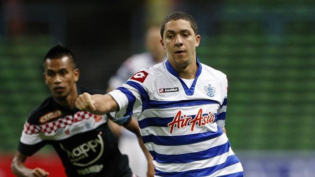League One - Peterborough bring in Ephraim from QPR
