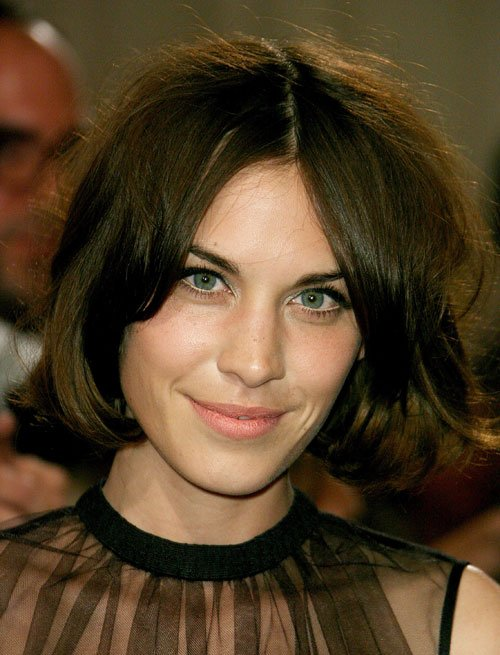 Beauty Flashback: This Week's New Gen Beauty Icon Is Alexa Chung