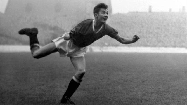 Premier League - Former United winger Morgans dies aged 73